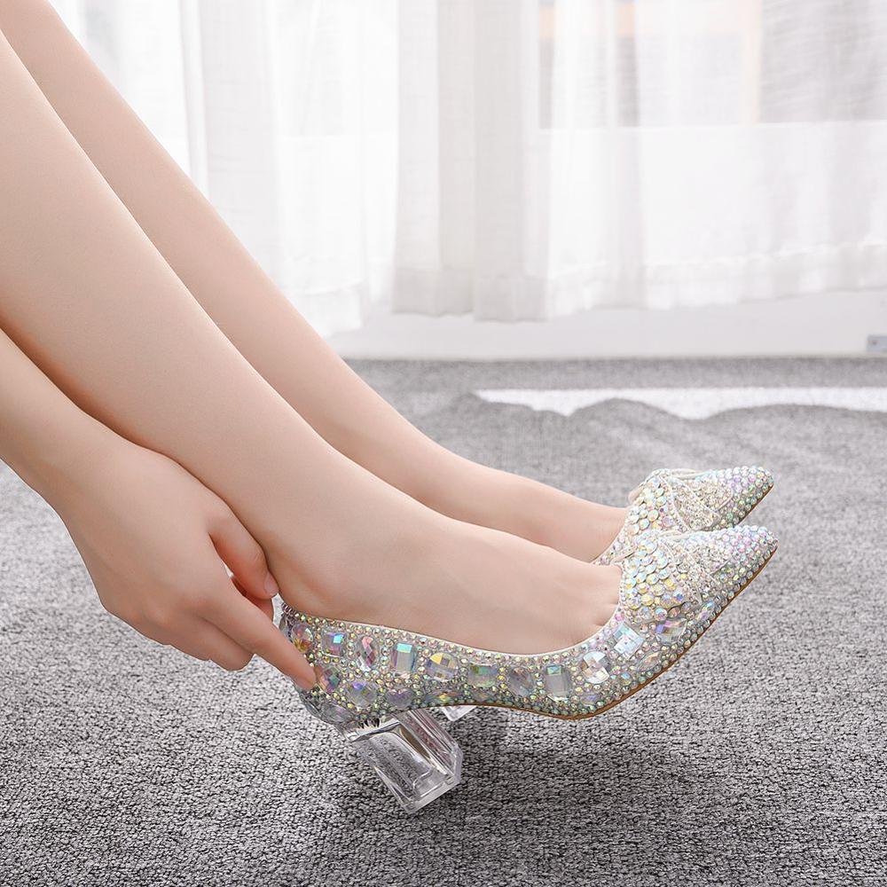 Zapatos de boda europeos de la reina de cristal zapatos de arco de cristal de diamante de imitación de mujer zapatos de novia puntiagudos zapatos de dama de honor tacones altos