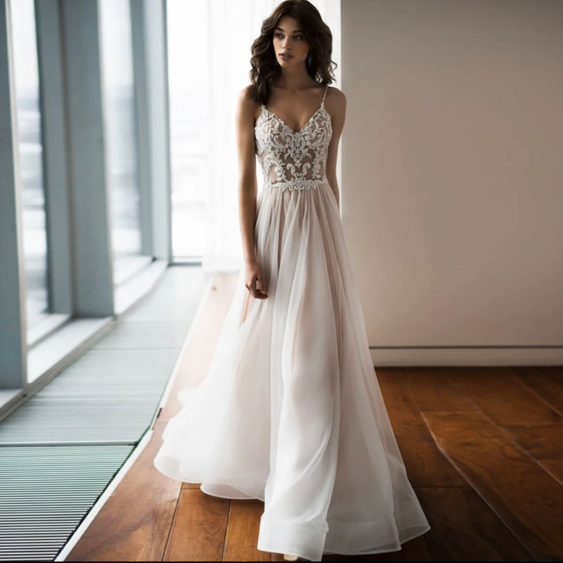 V-Neck Wedding Dress 2021 Bohemian A-Line Spaghetti Straps Open Back Lace Appliques Sweep Train Bride Gown Vestidos De Noiva