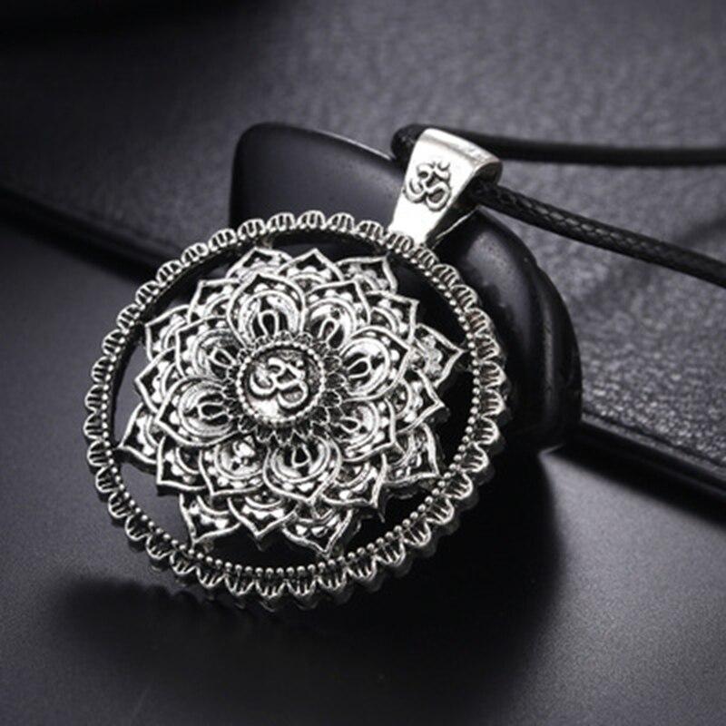 30 Styles Tree of Life Pendant Necklace Tibetab Mandala Lotus Halsketten Amulett Wolf Long Necklaces For Women Jewelry Unisex