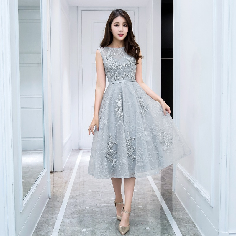 Evening Dresses 2019 New Spring Banquet Party Dress Illusion O-neck Tea Length Appliques Silver Prom
