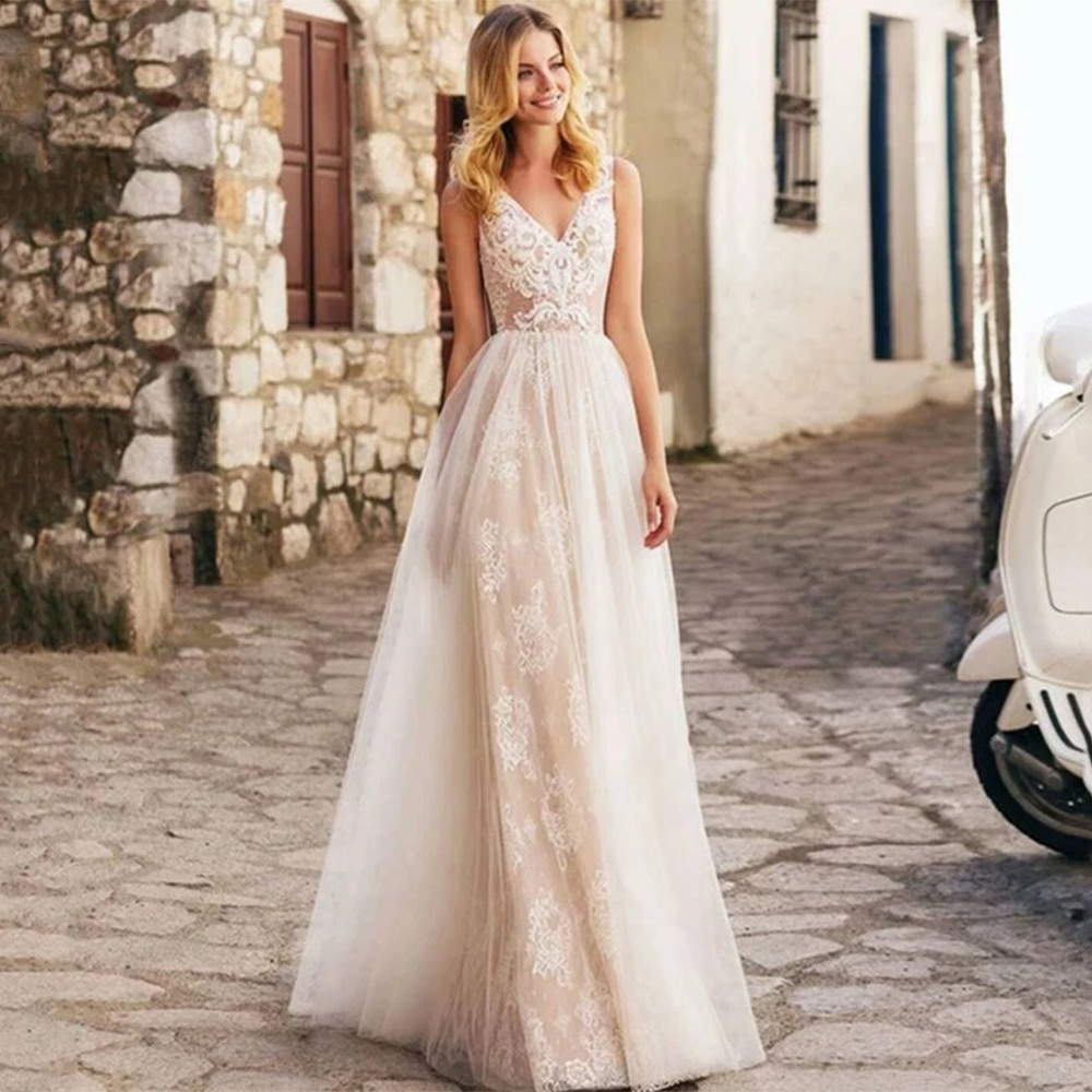 Get Elegant Wedding Dresses Sexy V Neck Sleeveless Backless Lace Appliques Tulle A Line Sweep Train Bridal Gowns Robe De Mariée
