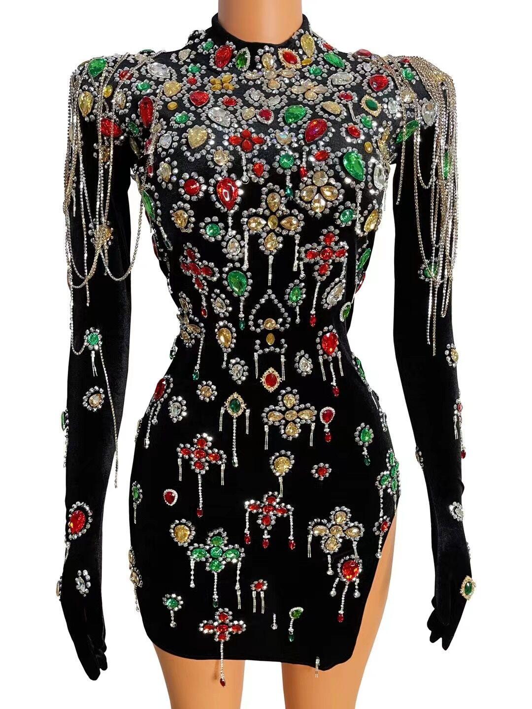 تصميم جديد أسود المخملية بلورات ملونة فستان قصير مثير سلاسل قفازات الأكمام زي مساء فستان حفلة المدورة