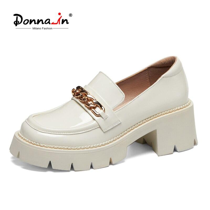 حذاء موكاسين نسائي من الجلد الطبيعي بكعب عالٍ سميك ، حذاء موكاسين فاخر مع سلسلة ، لربيع 2021
