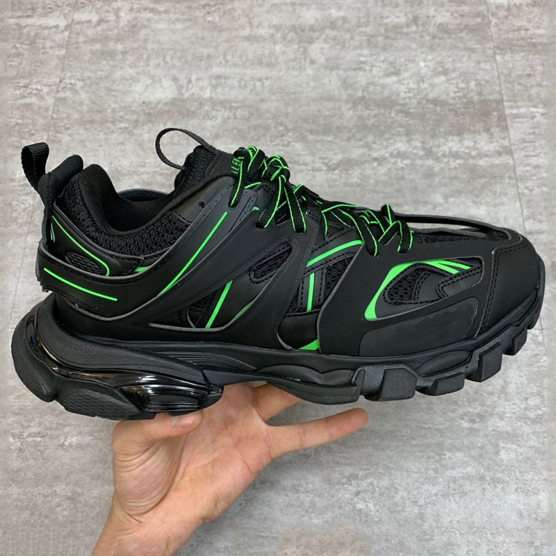 Lovers  Model Men Running Shoes Luxury Brand Designer Best Quality Women Running Shoes Real Leather Athletic Walking Plus Size
