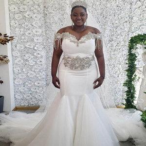 Plus Size Mermaid Wedding Dress 2020 Bridal Gown Sweetheart off Shoulder Backless Beading Crystal Chapel Train Long Bride Dress