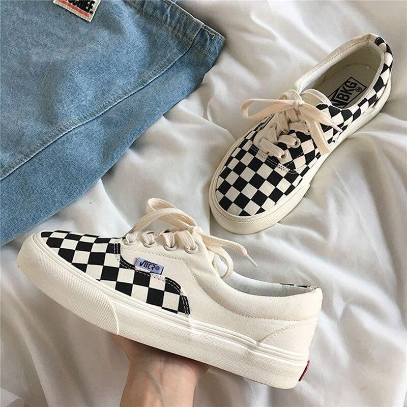 Sneakers Women's Sports Shoes Low Cut Kawaii Canvas Footwear 2021 New Female Plaid Vans Tennis Vulcanize  Flats