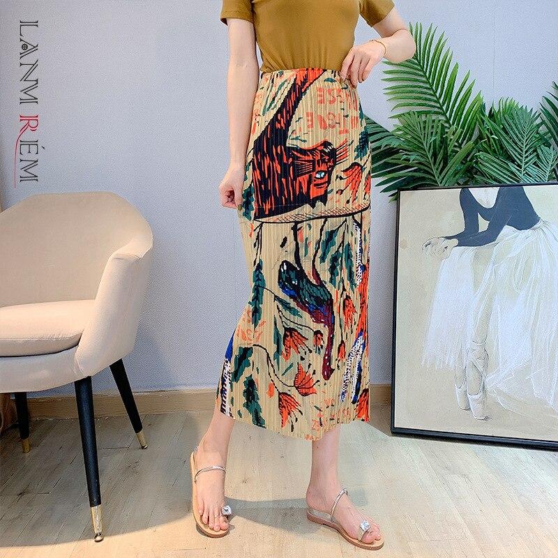 LANMREM مطوي طباعة تنورة للنساء 2021 الصيف الخريف الأصفر مستقيم الإناث المد الموضة التنانير غير رسمية 2C2034