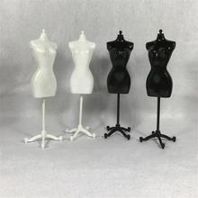 1/6 femme Mannequin poupée vêtements cintre présentoir maison Miniature scène décor vêtements modèle décor