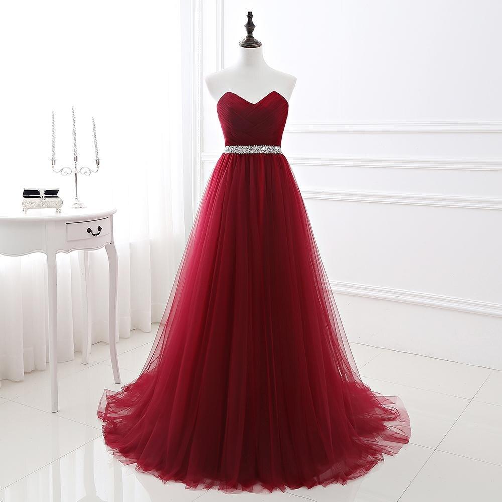 فستان سهرة بسيط موديل 2020 باللون الأحمر الخمري الداكن باللون البرغندي فستان وصيفة العروس الرسمي من التل مع رقبة على شكل قلب