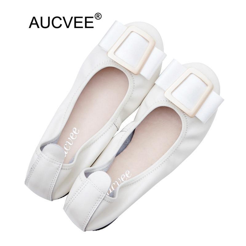 حجم كبير 34-44 النساء الشقق جولة تو مشبك معدني الديكور سيدة أحذية المتسكعون جلد طبيعي الانزلاق على الباليه قارب أحذية امرأة