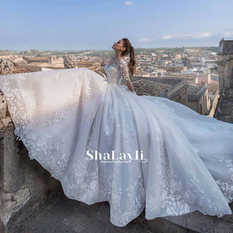 Retro Luxury Bridal Wedding Dress With Mesh Applique And Scoop Neck Tie Long Sleeve A Line Romantic Train Dress 2021 Custom