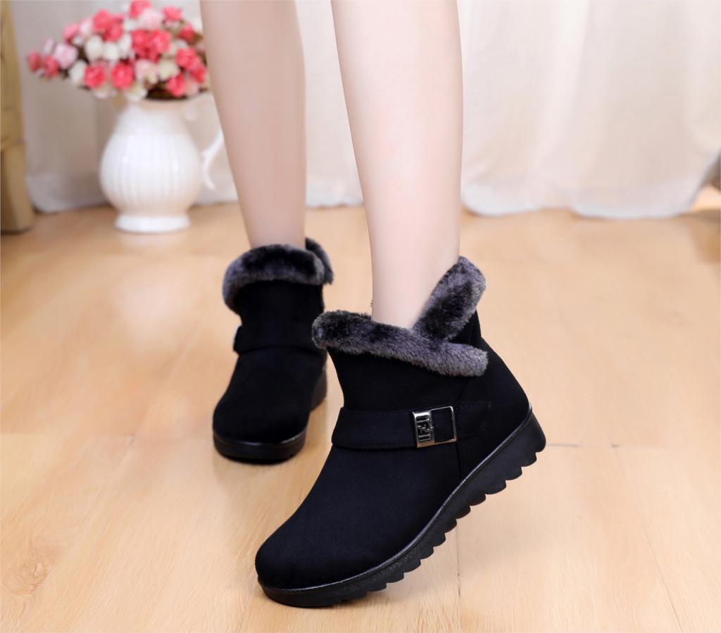 Botas de nieve de mujer hebilla de invierno de moda de felpa caliente botas de tobillo Mujer Zapatos casuales zapatillas negro rojo marrón talla grande st480