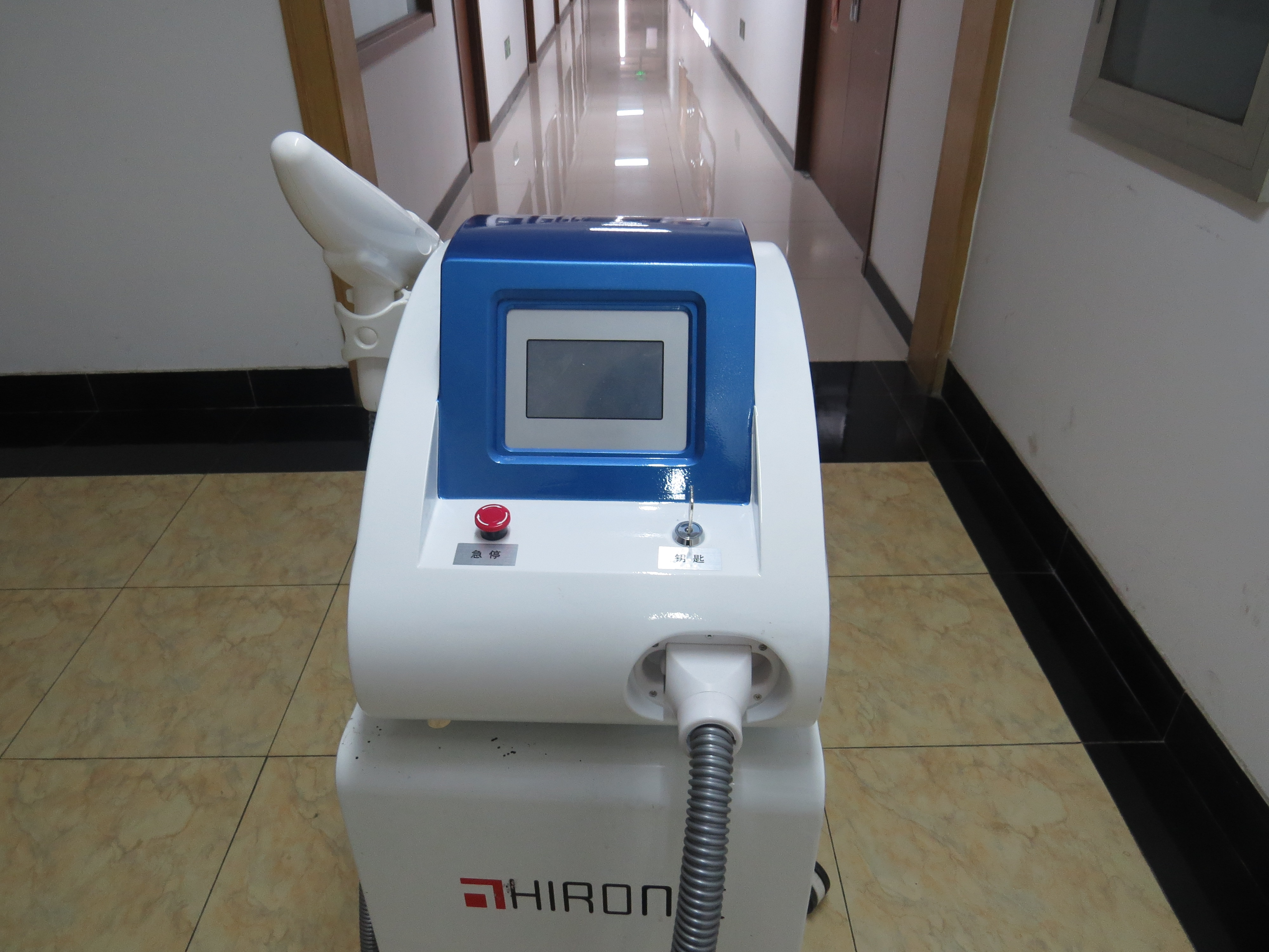 portable laser machine Nd yag laser picosecond tattoo removal pigment removal acne removal skin care for beauty salon use