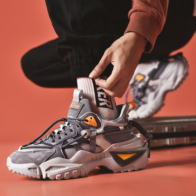 مرات جديدة الرومانية الربيع الارتفاع زيادة مريحة الرجال أحذية رياضية مكتنزة 2020 موضة تنفس ضوء الكبار الذكور حذاء كاجوال