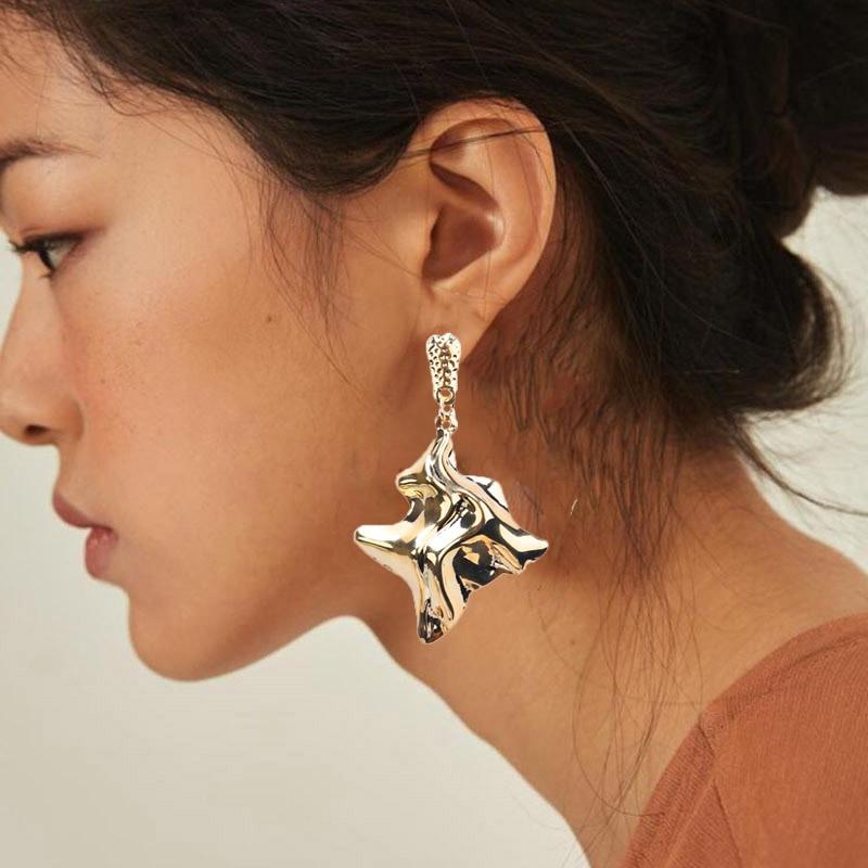 Unregelmäßigen Twisted Metall Ohrringe Für Frauen Mädchen Erklärung Ohrringe Nehmen Foto Laufsteg Party Punk Schmuck Lange Ohrringe