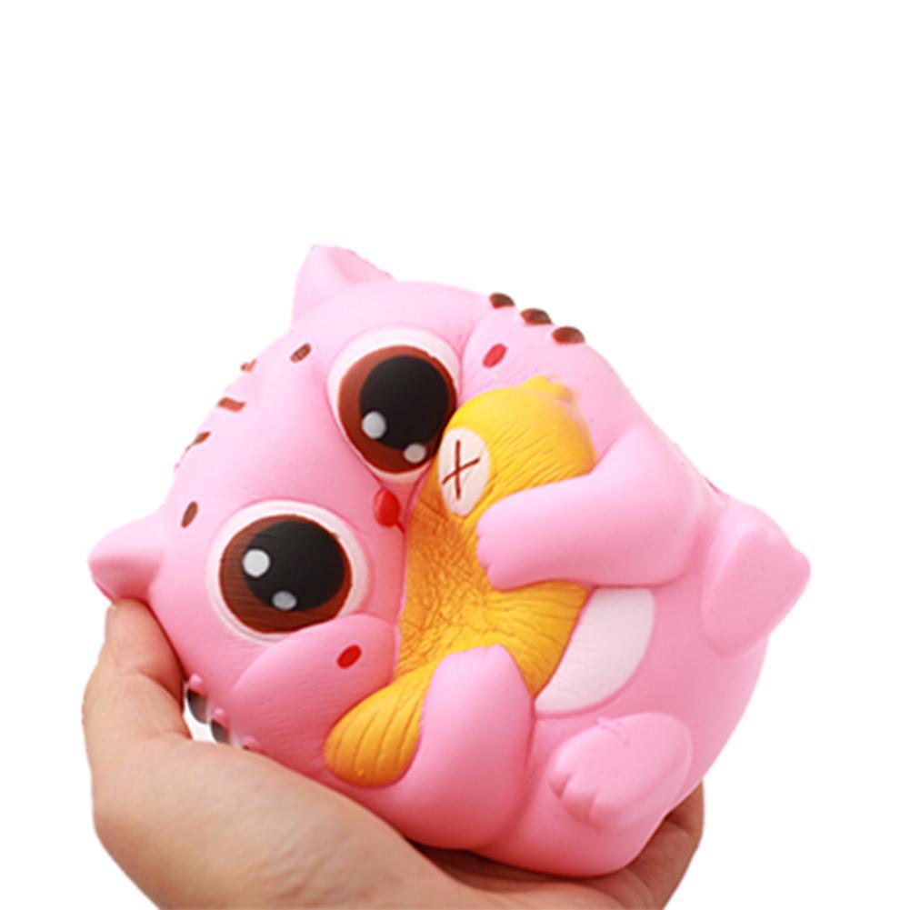 10CM Kawaii sostiene un pez gato Animal lento aumento apretón teléfono correas Squishies chico juguetes regalo
