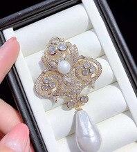 Coquille de mer blanche perle plaqué or zircon cubique micro pavé fleur broche