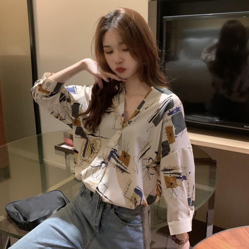 Japanese Style Vintage Elegant V-neck Loose Graffiti Long Sleeve Chiffon Shirt Women's Spring New Th
