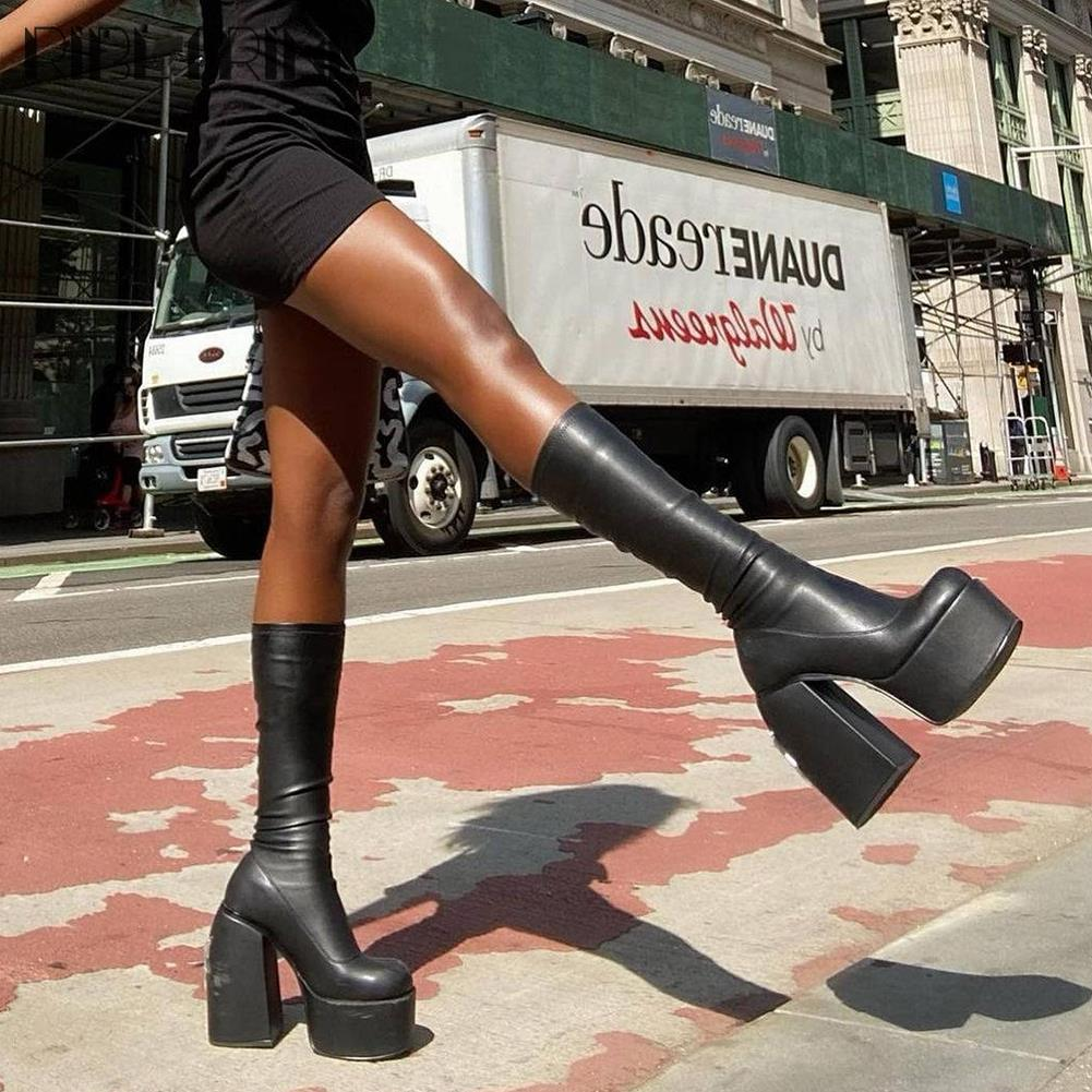أحذية حريمي عالية الكعب بمنصة على الموضة جديدة ماركة ريخينيني أحذية حفلات زفاف قوطي كعب سميك أحذية خريفي مثيرة للسيدات