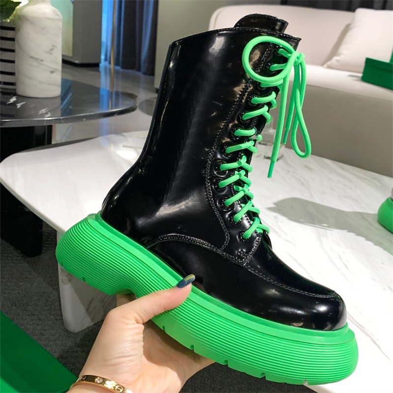 2021 the latest running shoes round head thick sole boots spring autumn brand design round head bright leather shoes retro fashi
