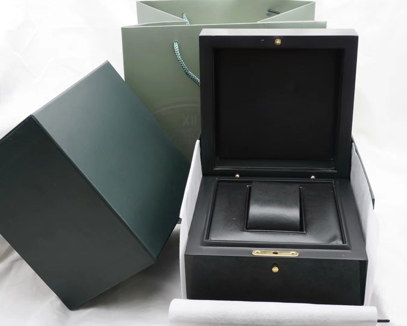 2021 Best Quality Dark Green Watch  Box Gift Case  Watches Booklet Card And Papers In English Watches Boxes enlarge