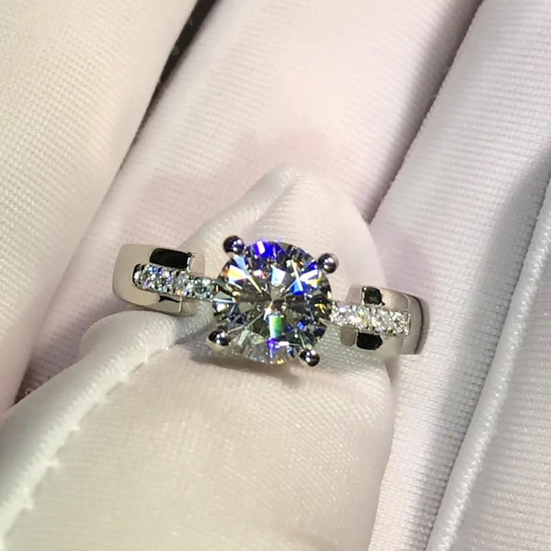 18K خاتم من الذهب الأبيض 1ct 2ct 3ct مويسانيتي مختبر الماس رومانسية 4 مخالب مويسانيتي مجوهرات الذكرى خاتم الخطوبة