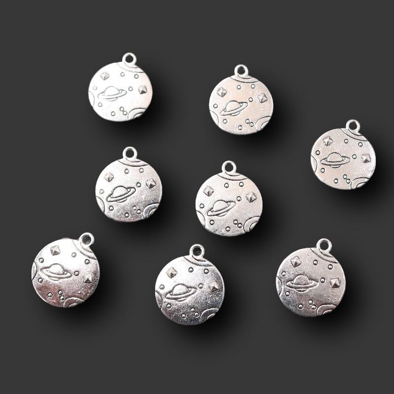 10 pçs banhado a prata alienígena universo ufo metal tag pulseira pingentes diy encantos para jóias carfts fazendo suprimentos 20*17mm a2304
