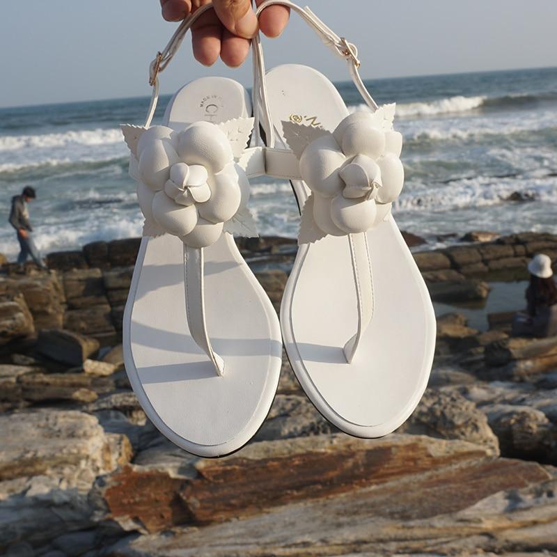 Flat sandal woman boho camellia flower flat heel pinched-toe beach resort with one strappy sandal size 34-42 baan laimai beach resort