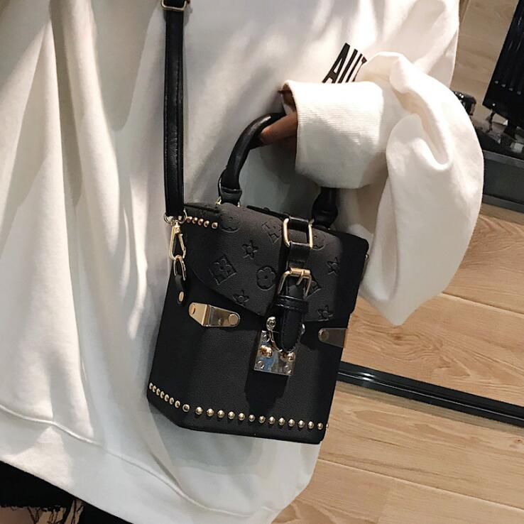 Luxury Handbag for Women New Rivet Totes Shoulder Bag Fashion Women Clutch Bag Mini Box Crossbody Bag Brand Messenger Lady Bag