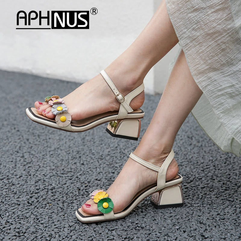 APHNUS Womens Sandals Flowers Bowtie Appliques Rhinestone Rough thick Low Mid Heels Pumps Woman 2020 Shoes For Women New