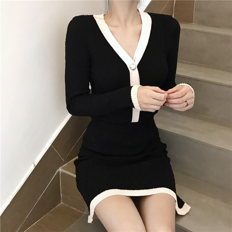Women Single-Breasted Sweater+Mini Short Skirt Suit 2021 Winter Fashion Korean Style One-Suit Skirt Lady Temperament V-Neck Set