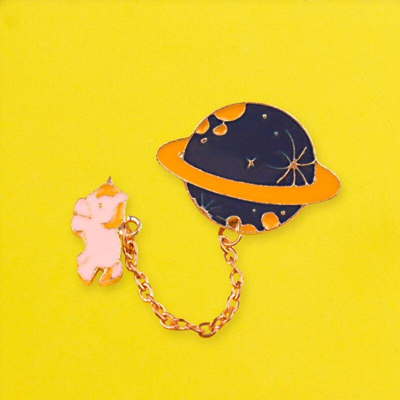 Unicornio broches insignias para mochila universo insignias para prendas de vestir espacio placa Pines de esmalte para mochilas ropa Pin de solapa