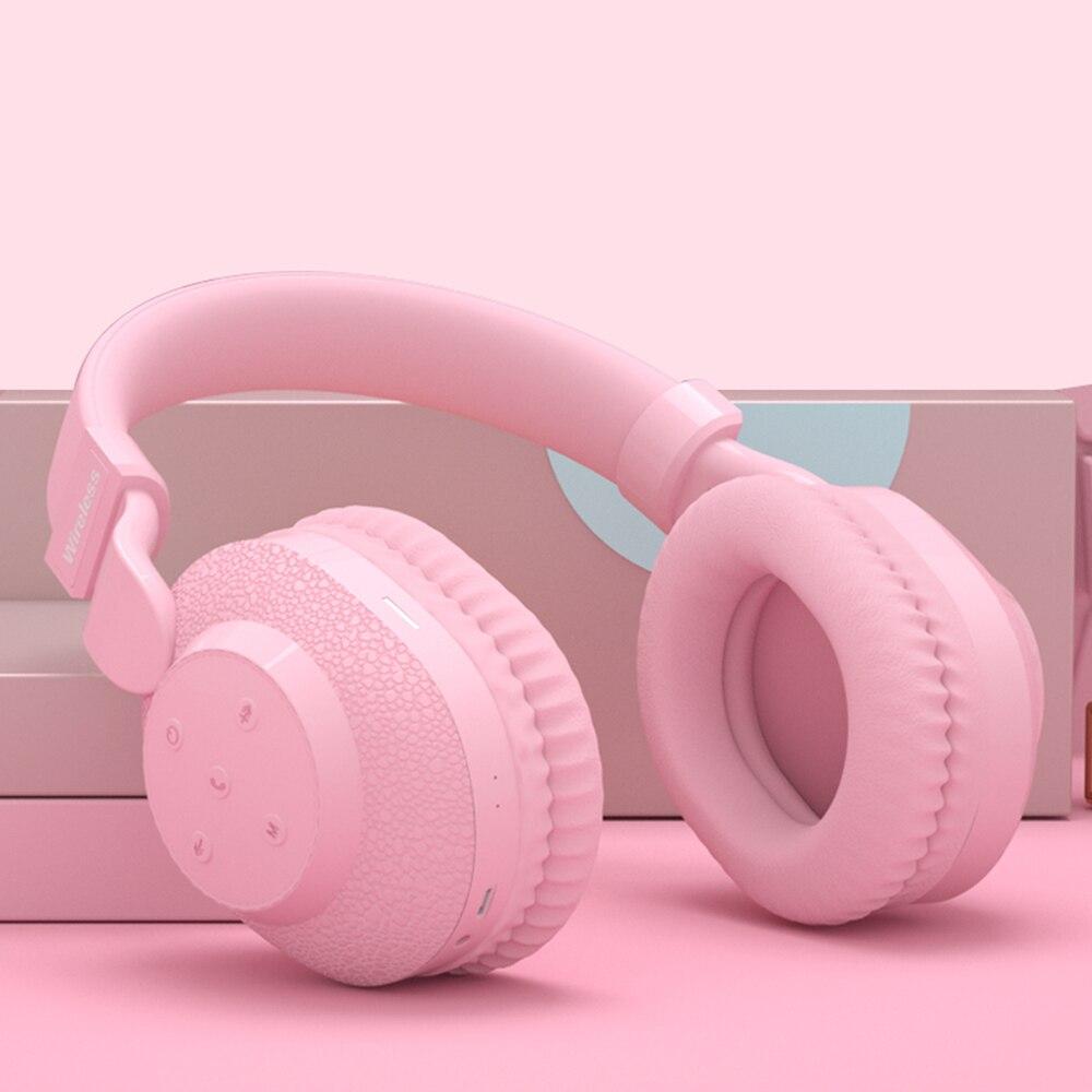 525 سماعات بلوتوث 2021 جديد سماعة TF بطاقة سماعة Hifi سماعات الألعاب FM اللعب الوردي للنساء فتاة