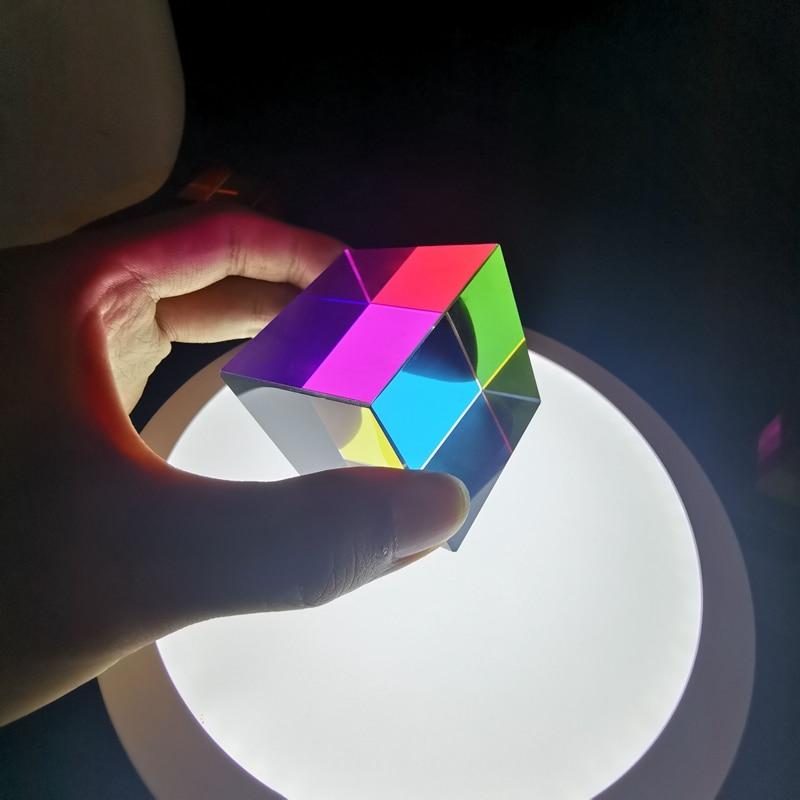 Cmyk لون مكعب بريزم 40X40X40Mm مثيرة للاهتمام الوهم البصري بريزم سطح المكتب الديكور الهدايا الإبداعية