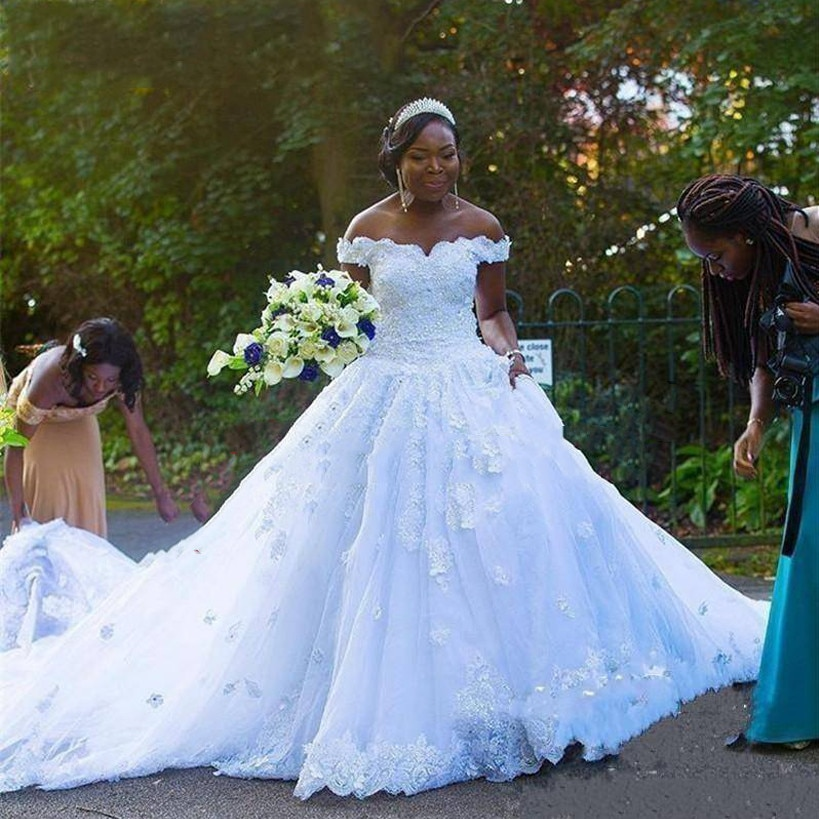 White Lace African Wedding Dresses Luxury Design Off the Shoulder Beading Flower Bridal Gowns Gorgeous vestido de noiva