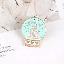 Château de rêve en émail, broche en cristal, broche, conte de fées, broche, revers, vêtements sac à dos, sac à dos, bijoux de dessin animé, cadeau pour fille