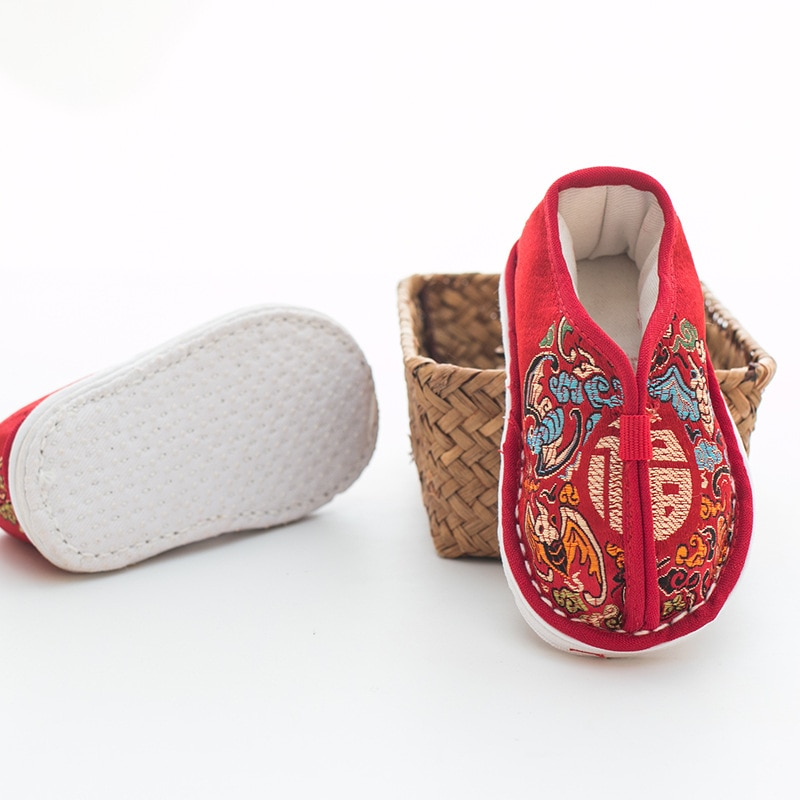 winter-baby-infant-shoes-chinese-traditional-embroidery-tigers-shoes-for-1st-birthday-party-children-shoes-babys-handmade-shoes