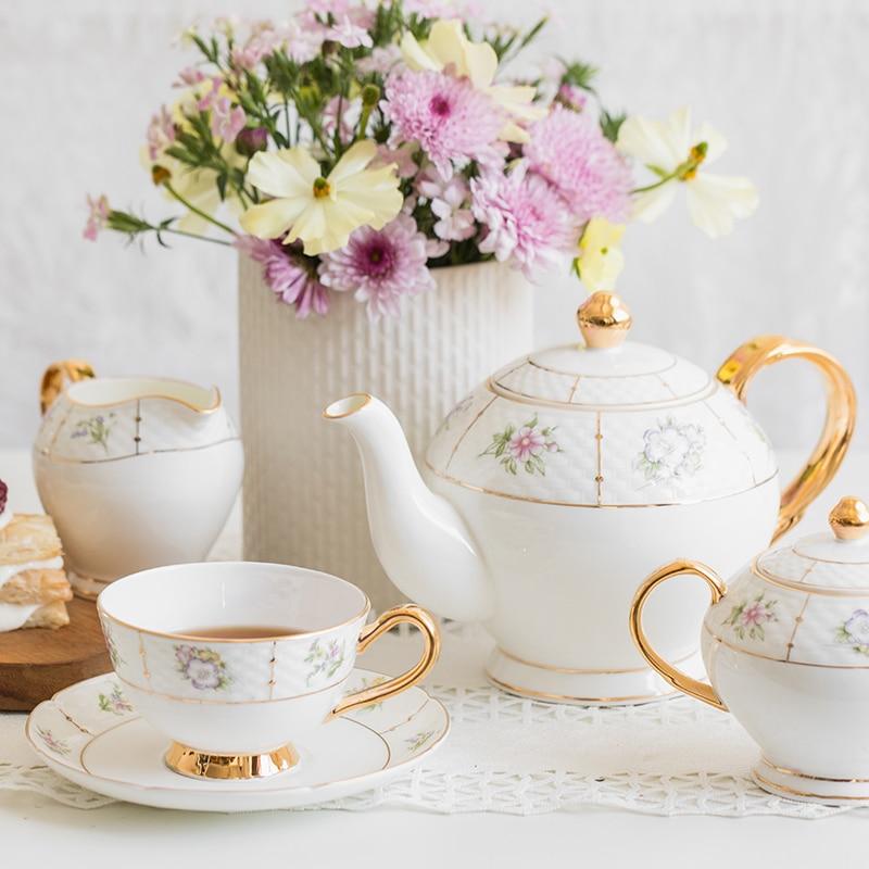 Juego de té británico EECAMAIL Sfternoon, juego de tazas de café, hueso de China, estilo europeo de lujo, exquisito hueso de cerámica, regalo de San Valentín de China