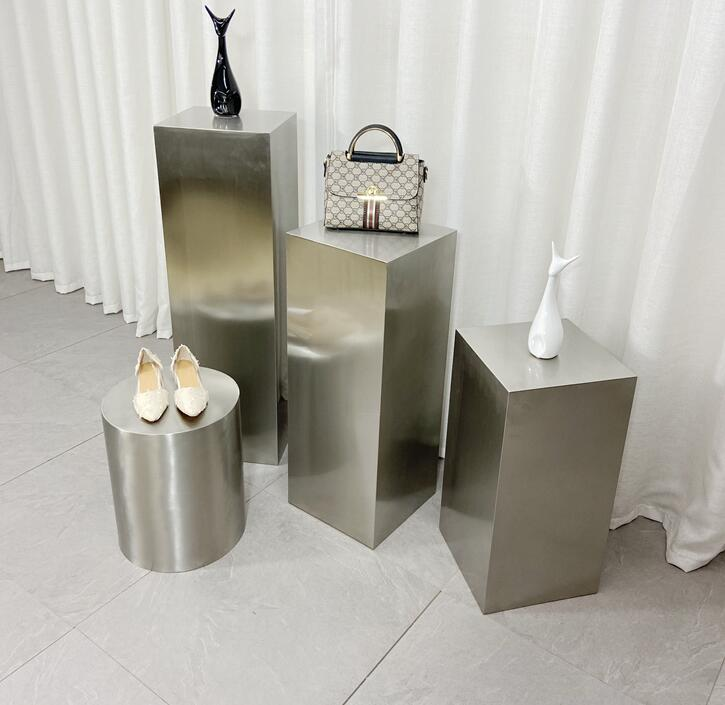 متجر الملابس الفولاذ المقاوم للصدأ عرض الجدول ، طاولة المياه ، عالية ومنخفضة سوينغ الجدول ، عرض الديكور ، حقيبة أحذية ، جزيرة الرف ،