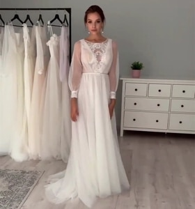 2021 Wedding Dress Princess Long Sleeve O-Neck Tulle Bridal Gown Sheer Sleeve Sweep Train Unique Design Floor Length Vintage