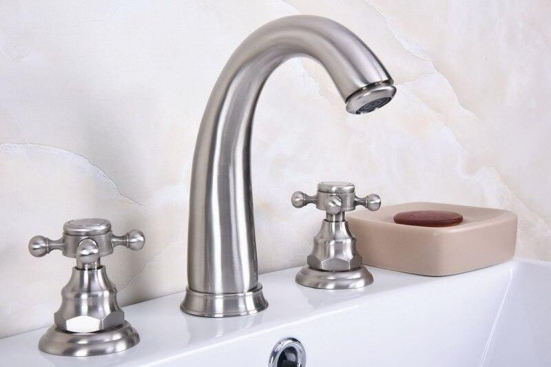 Grifos de lavabo de baño de níquel cepillado grifo de doble manija de Cruz 3 orificios grifos mezcladores de lavabo zbn014