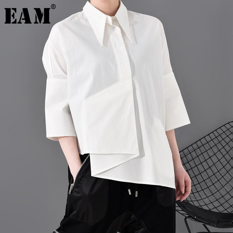 [Eam] Vrouwen Wit Asymmetrische Big Size Blouse Nieuwe Revers Drie-Kwart Mouw Loose Fit Shirt Mode Lente herfst 2021 1R59000