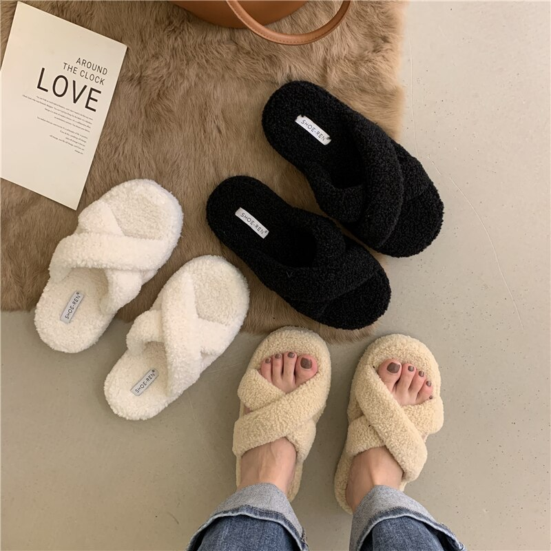 2021 new warm wool shoes slippers female lamb wool cross straps with the same outer wear flat bottom thick bottom slippers