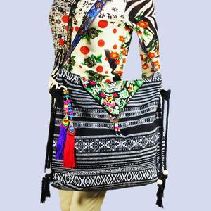 Free shipping fees Vintage Hmong Tribal Ethnic Thai Indian Boho shoulder bag message bag for women embroidery Tapestry SYS-573