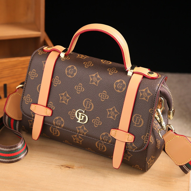 جلد طبيعي بوسطن حقيبة للنساء 2021 موضة جديدة الكتف حقيبة يد كروس مصمم المحافظ وحقائب اليد حقائب السفر Gg