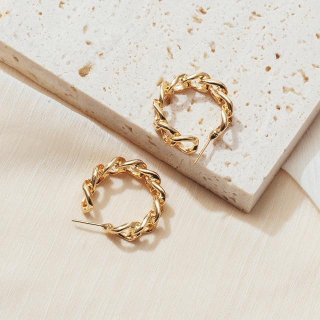 2020 trend Korean retro fashion design metal gold twist earrings women girls daily personality accessories