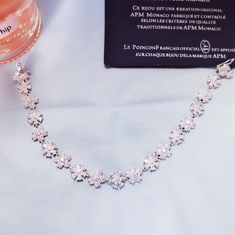 Flower Bracelet S925 Sterling Silver micro inlaid zircon fashion women's exquisite Party style exquisite jewelry
