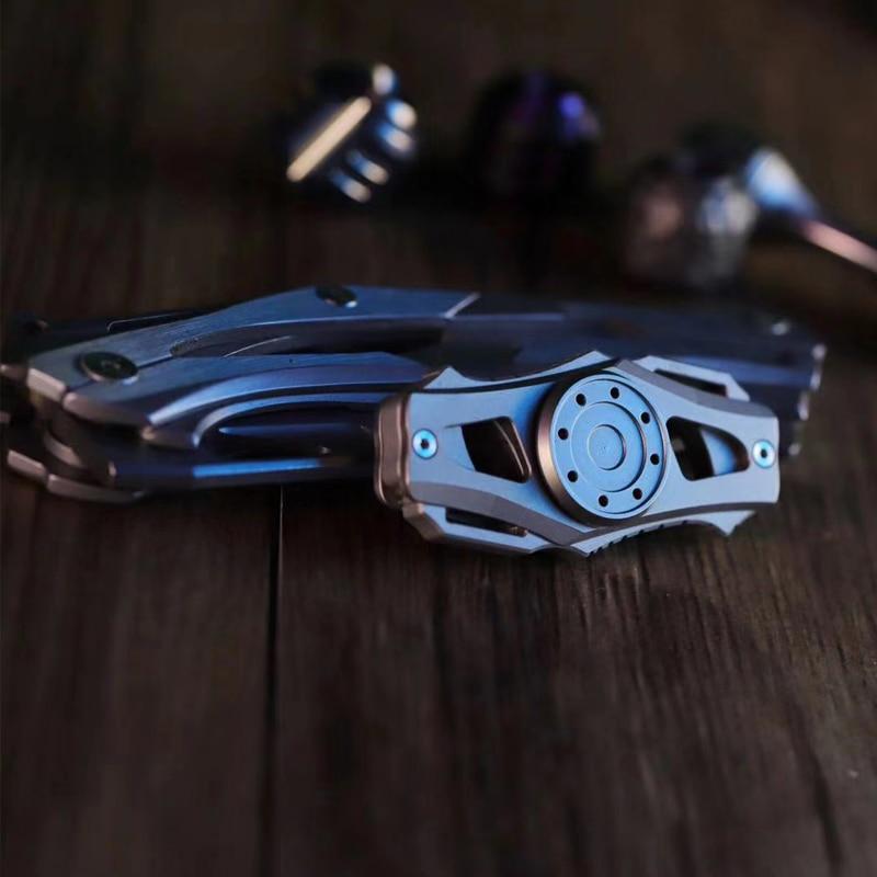Wang EDC Blade Fingertip Gyro Super Long Time High Speed Rotating Toy Hand Spinner Metallic Titanium enlarge
