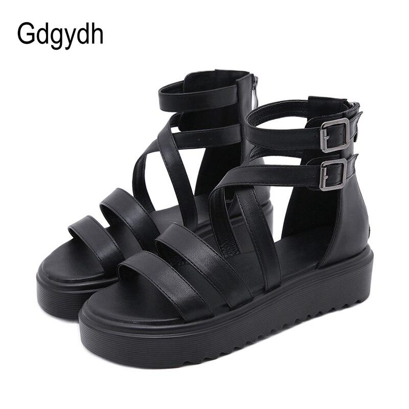 Gdgydh 2021 جديد الصيف الأسود أسافين الصنادل للنساء الرومانية نمط سميكة القاع الراحة حذاء كاجوال شارع الموضة جودة عالية
