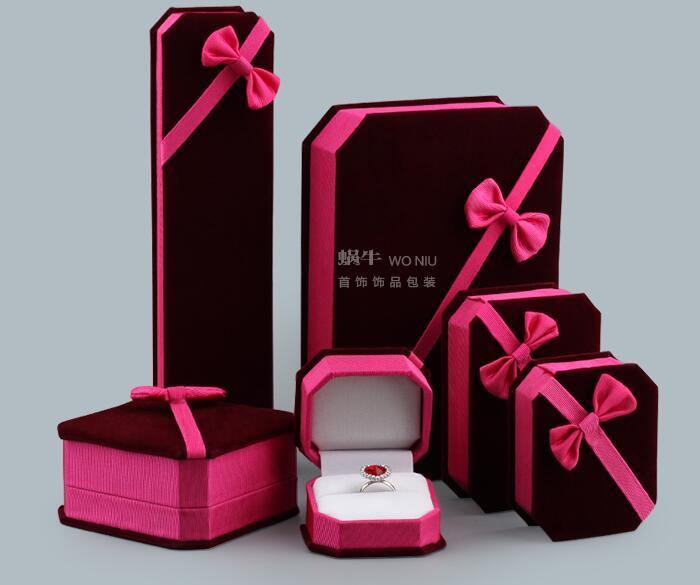 100 PCS/LOT Nehmen Kunden LOGO Rose Rot Velet Schmuck Box Mit Band Bogen Ring Halskette Display Box